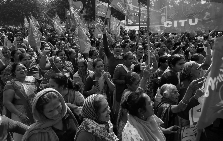 India mujeres en huelga general la-tinta