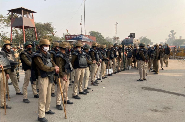 印度总理莫迪当地时间11月30日试图安抚数千名抗议新农业政策的农民,声称他们被反对派误导,并声称他的政府将解决农民们的所有担忧 (美联社)