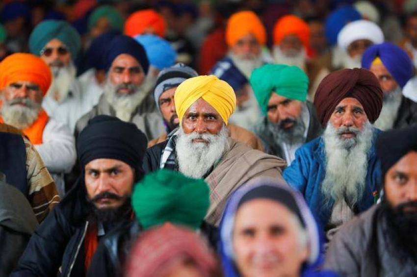 محتجون في الهند ضد قانون الإصلاح الزراعي. (رويترز)