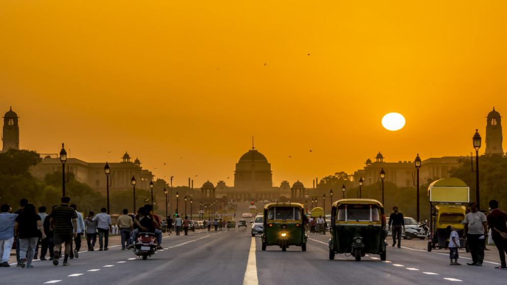 غروب الشمس في نيودلهي . الهند.(shutterstock)